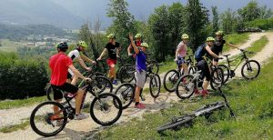 Go mountain biking with us !